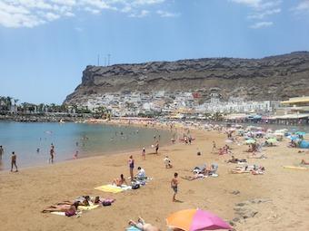 Stranden i Puerto Mogan